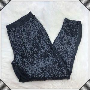 * Torrid Black Sequin Stretch Leggings Pants *